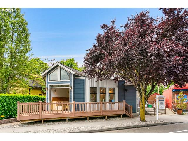 4204 N Massachusetts Ave, Portland, OR 97217 (MLS #21533004) :: Premiere Property Group LLC