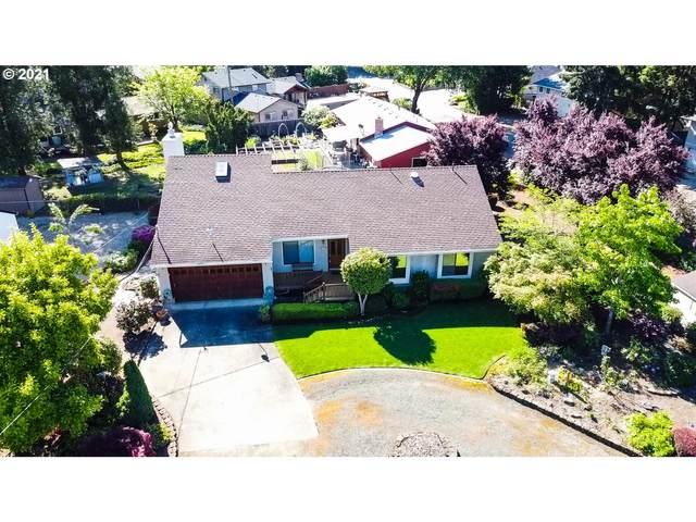 1309 NW Whipple Ave, Roseburg, OR 97471 (MLS #21533228) :: Fox Real Estate Group
