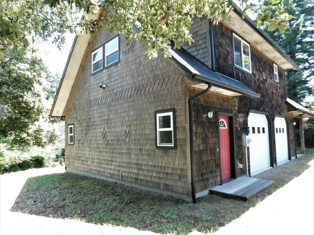 2648 Port Orford Lp Rd, Port Orford, OR 97465 (MLS #21534448) :: McKillion Real Estate Group