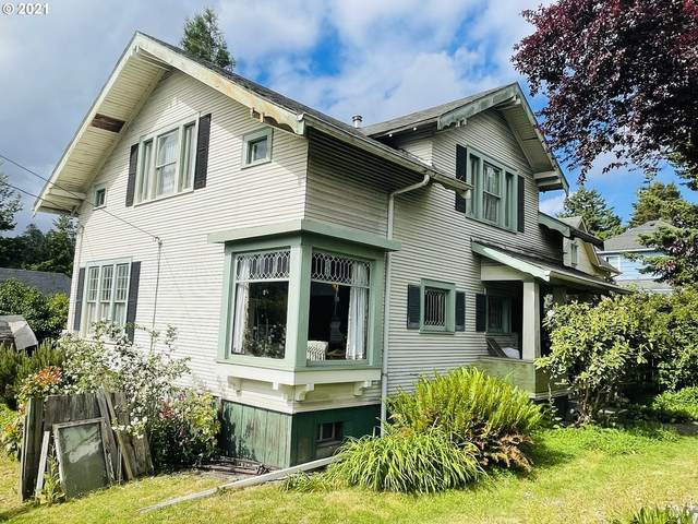 1109 Central Ave, Coos Bay, OR 97420 (MLS #21537317) :: Holdhusen Real Estate Group