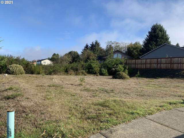 1 Nautical Ct #1600, Coos Bay, OR 97420 (MLS #21538910) :: McKillion Real Estate Group