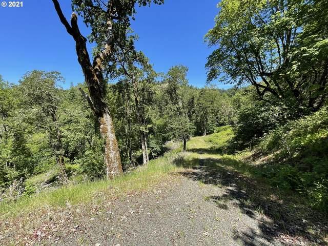 278 Deer Fern Way #10, Roseburg, OR 97470 (MLS #21539615) :: Townsend Jarvis Group Real Estate