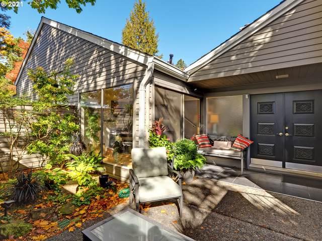 29 Greenridge Ct, Lake Oswego, OR 97035 (MLS #21540048) :: Triple Oaks Realty