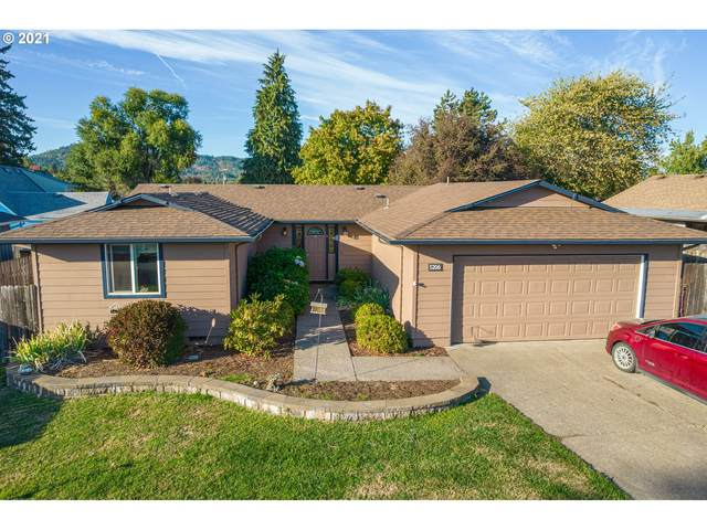 5206 F St, Springfield, OR 97478 (MLS #21541304) :: Premiere Property Group LLC