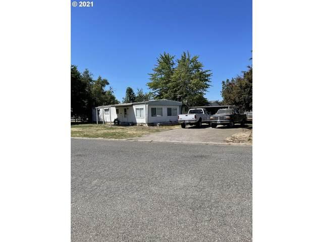23511 Meadow Dr, Aurora, OR 97002 (MLS #21542564) :: Stellar Realty Northwest