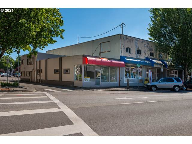 355 W Anderson Ave, Coos Bay, OR 97420 (MLS #21543009) :: Cano Real Estate