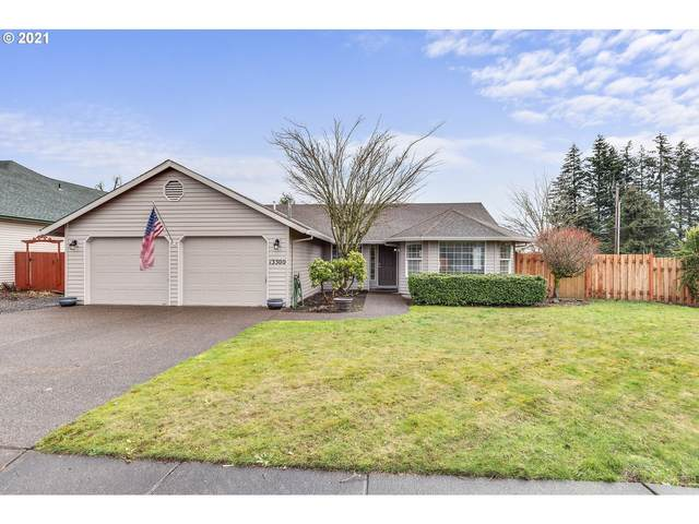 13300 Gaffney Ln, Oregon City, OR 97045 (MLS #21543260) :: Premiere Property Group LLC