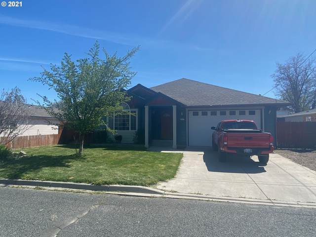 1350 5TH St, Baker City, OR 97814 (MLS #21543656) :: Cano Real Estate
