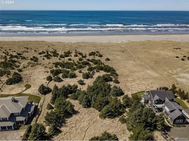 16151 Pacific Way, Long Beach, WA 98631 (MLS #21543820) :: Song Real Estate