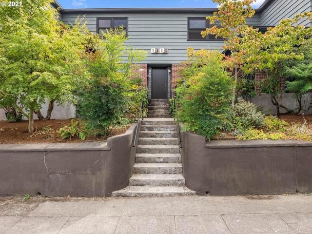 2406 NW Overton St #2, Portland, OR 97210 (MLS #21544057) :: Lux Properties