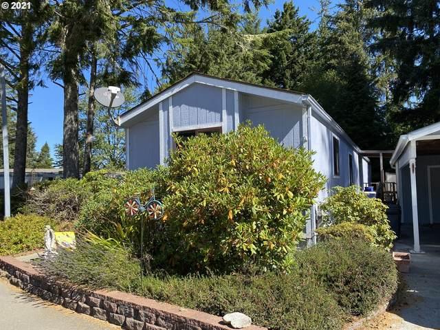 575 Shorepines Pl, Coos Bay, OR 97420 (MLS #21544293) :: Premiere Property Group LLC