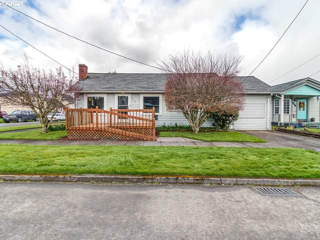 615 S 5TH Ave, Kelso, WA 98626 (MLS #21544875) :: Cano Real Estate