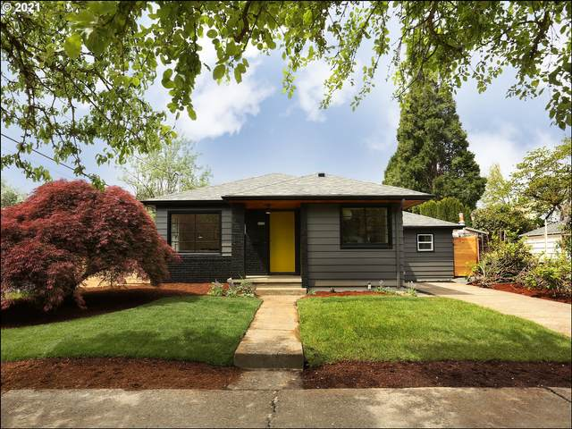2833 SE 45TH Ave A, Portland, OR 97206 (MLS #21545210) :: Fox Real Estate Group