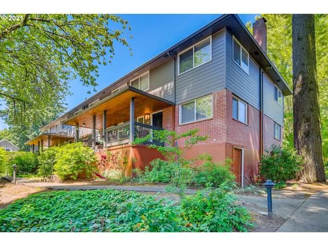 156 Ridgeway Rd, Lake Oswego, OR 97034 (MLS #21546305) :: Lux Properties