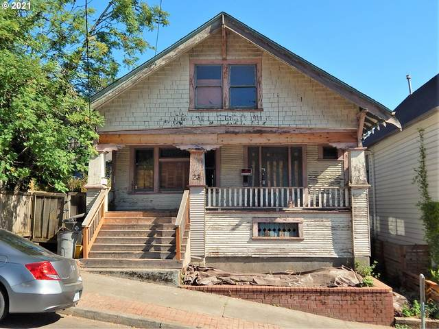 23 SW Pennoyer St, Portland, OR 97239 (MLS #21546549) :: Stellar Realty Northwest