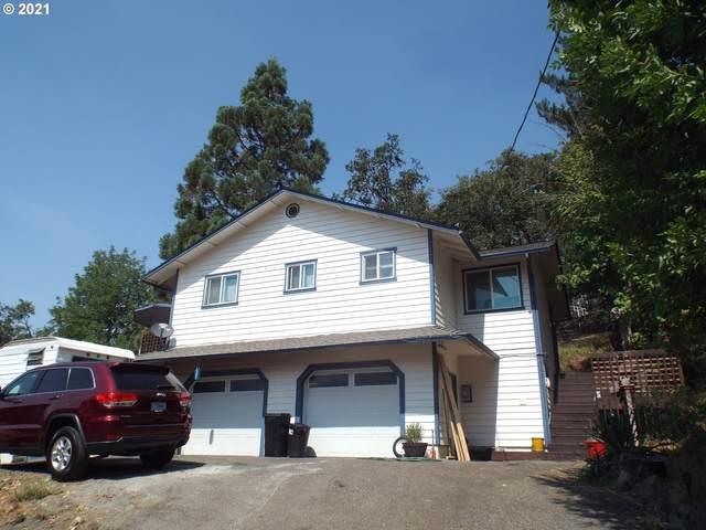 1416 SE Overlook Ave, Roseburg, OR 97470 (MLS #21547005) :: Townsend Jarvis Group Real Estate
