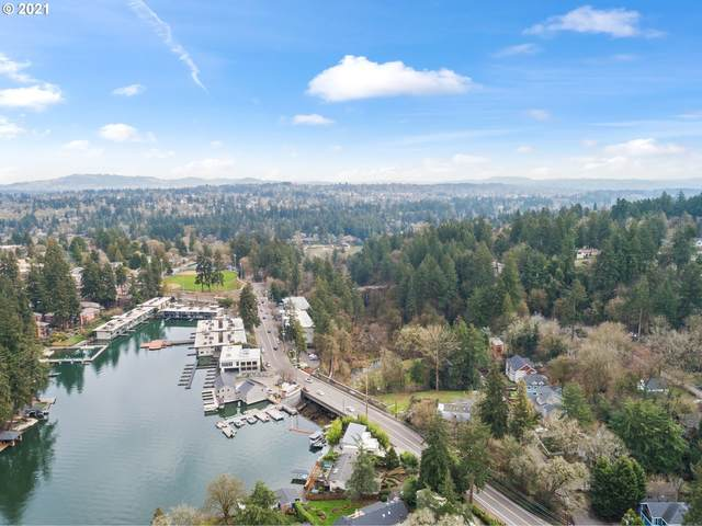 719 Maple St, Lake Oswego, OR 97034 (MLS #21548084) :: McKillion Real Estate Group