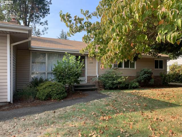 2158 Cal Young Rd, Eugene, OR 97401 (MLS #21548299) :: Cano Real Estate