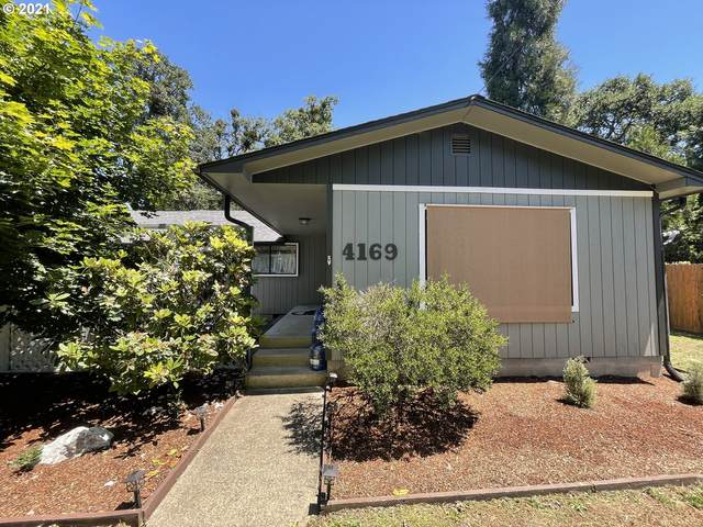 4169 Carnes Rd, Roseburg, OR 97471 (MLS #21548591) :: Townsend Jarvis Group Real Estate