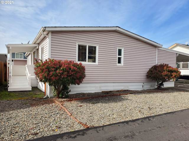 15889 Sunset Strip #102, Brookings, OR 97415 (MLS #21552074) :: Beach Loop Realty