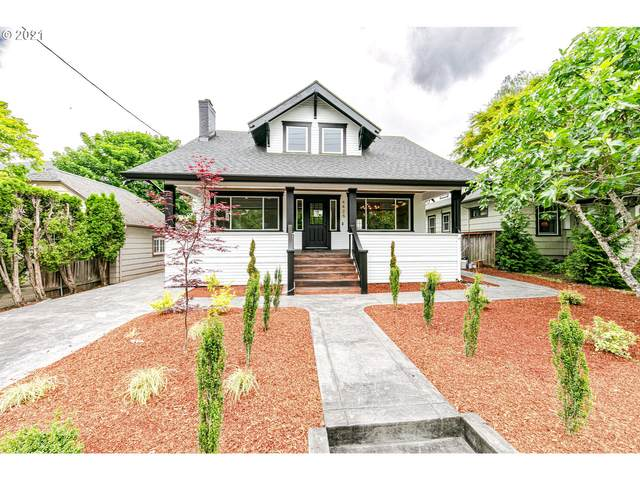 4425 NE Klickitat St, Portland, OR 97213 (MLS #21552102) :: Townsend Jarvis Group Real Estate