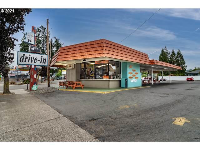 1270 W Harvard Ave, Roseburg, OR 97471 (MLS #21553312) :: Beach Loop Realty