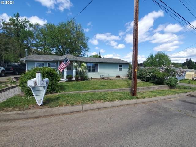 637 NE Craig St, Myrtle Creek, OR 97457 (MLS #21553545) :: Lux Properties