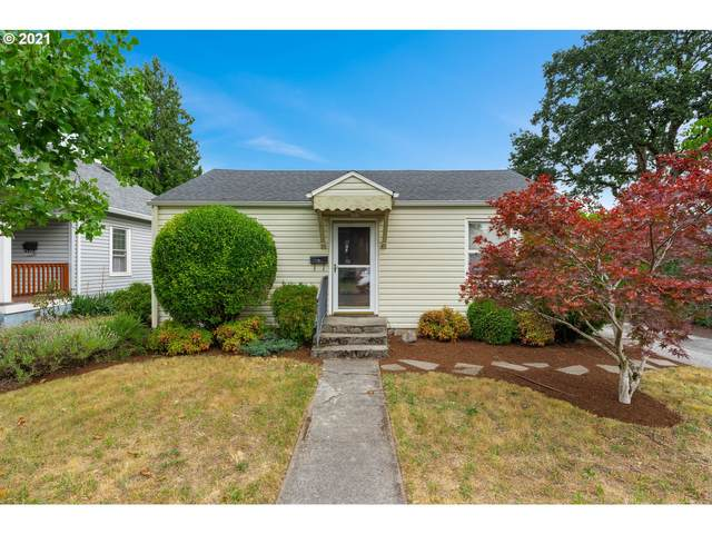 6107 SE Gladstone St, Portland, OR 97206 (MLS #21555199) :: Townsend Jarvis Group Real Estate