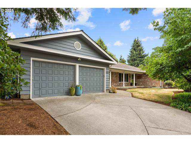 6060 SW Salmon St, Portland, OR 97221 (MLS #21555786) :: Real Tour Property Group