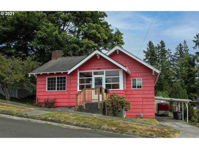 1234 5th St, Astoria, OR 97103 (MLS #21560922) :: The Pacific Group