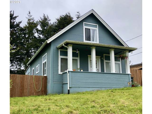 1063 California Ave, Coos Bay, OR 97420 (MLS #21562974) :: Beach Loop Realty