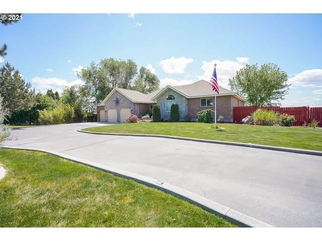 1737 W Alleluia Ave, Hermiston, OR 97838 (MLS #21563850) :: Premiere Property Group LLC