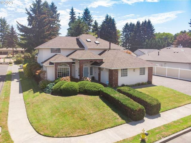 11017 NW 17TH Ave, Vancouver, WA 98685 (MLS #21564441) :: Real Tour Property Group