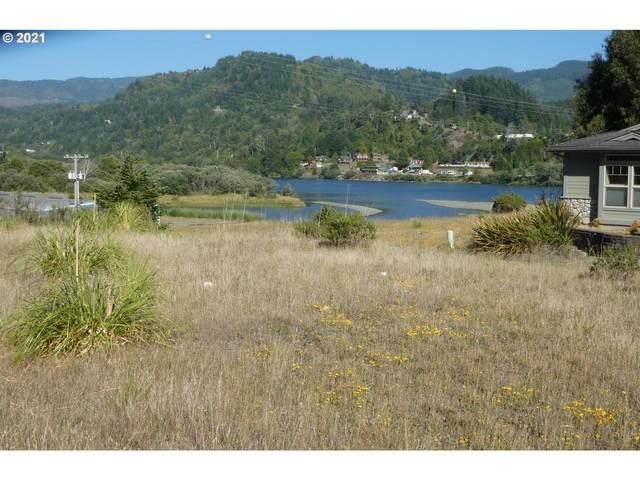Hume Rd #316, Gold Beach, OR 97444 (MLS #21565249) :: Beach Loop Realty