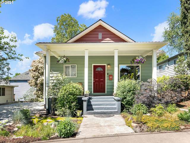 405 SE 30TH Pl, Portland, OR 97214 (MLS #21566667) :: The Pacific Group