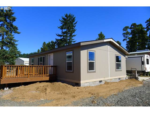 320 N 8TH St, Lakeside, OR 97449 (MLS #21567496) :: Windermere Crest Realty