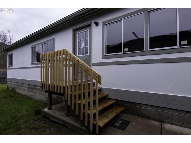 967 Laura St, Myrtle Creek, OR 97457 (MLS #21568066) :: Beach Loop Realty