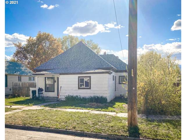 2841 6TH St, Baker City, OR 97814 (MLS #21568470) :: RE/MAX Integrity