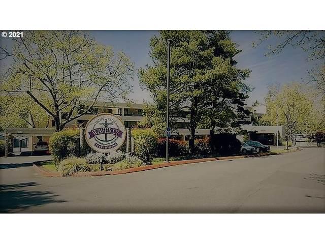 600 SE Marion St #403, Portland, OR 97202 (MLS #21571894) :: The Liu Group