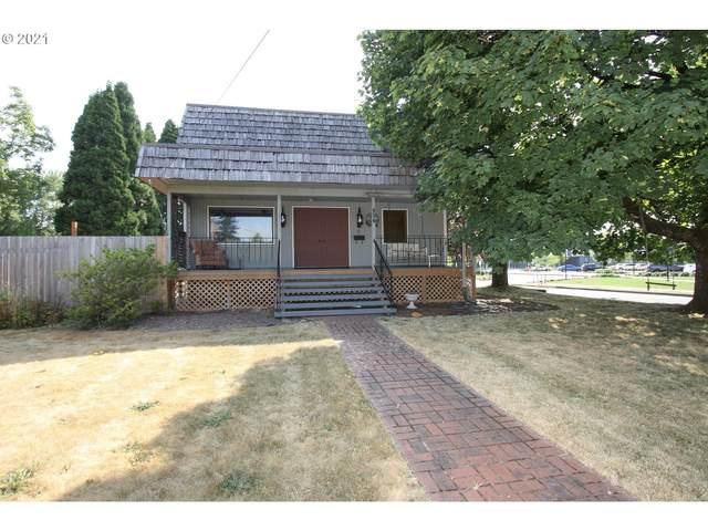 454 SE Spruce Ave, Gresham, OR 97080 (MLS #21572484) :: Cano Real Estate