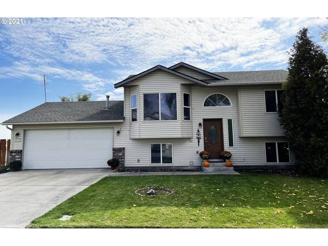 614 E Autumn Ave, Hermiston, OR 97838 (MLS #21574777) :: Premiere Property Group LLC