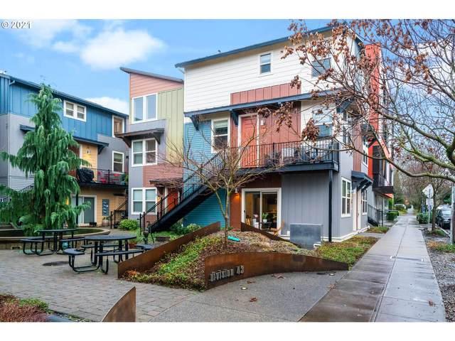 4329 SE Division St, Portland, OR 97206 (MLS #21577757) :: Change Realty