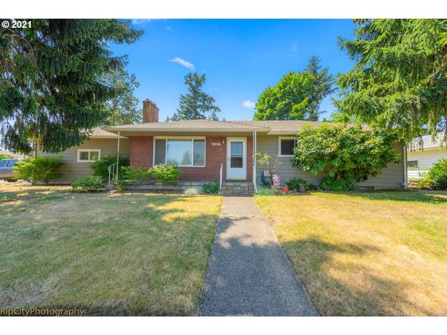 10920 SE Mill Ct, Portland, OR 97216 (MLS #21577836) :: Fox Real Estate Group