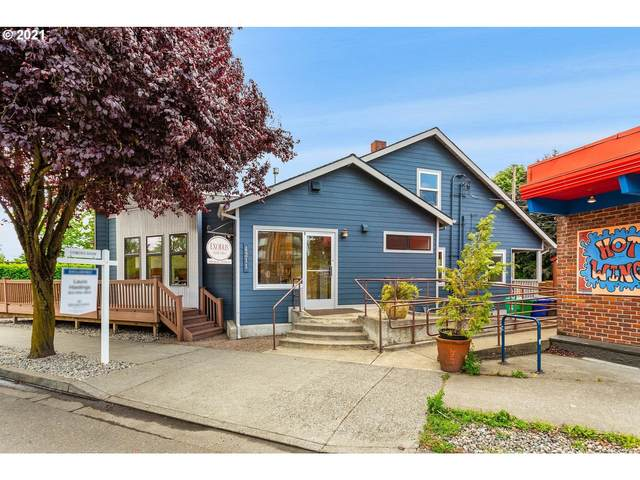 4204 N Massachusetts Ave, Portland, OR 97217 (MLS #21578976) :: Real Tour Property Group