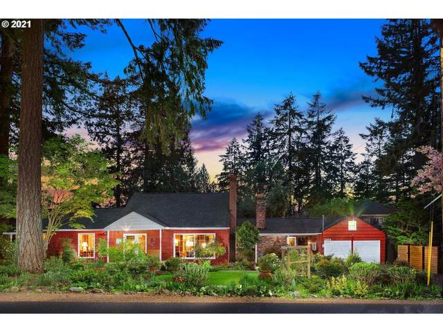 2164 Summit Dr, Lake Oswego, OR 97034 (MLS #21579527) :: Next Home Realty Connection