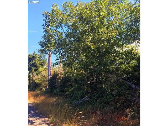 251000 U (Approx Address) St, Ocean Park, WA 98640 (MLS #21581044) :: Beach Loop Realty