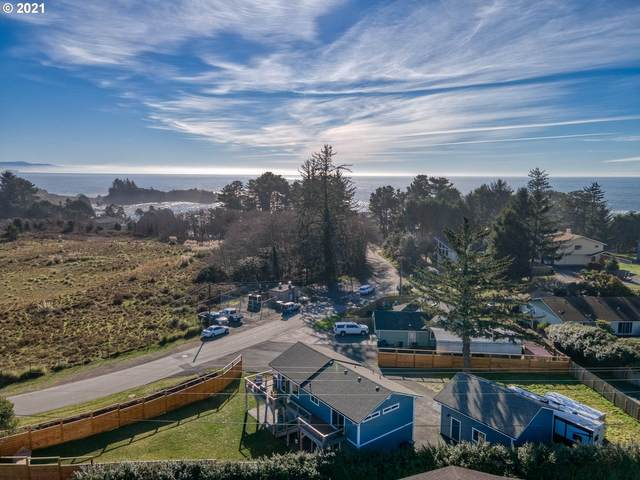 337 Mill Beach Rd, Brookings, OR 97415 (MLS #21581283) :: Stellar Realty Northwest