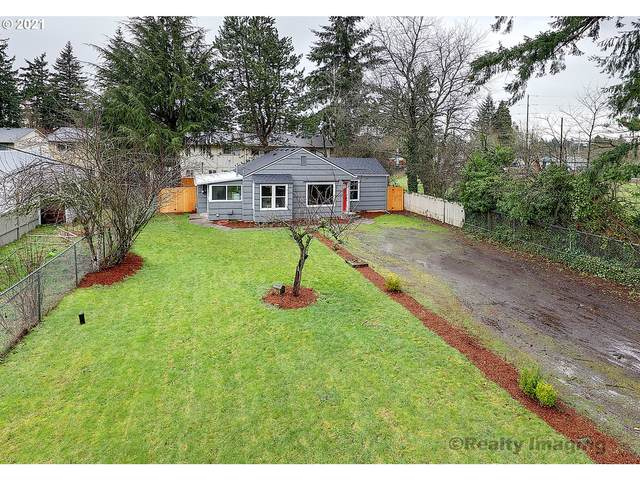 19555 SE Yamhill St, Portland, OR 97233 (MLS #21581509) :: Cano Real Estate