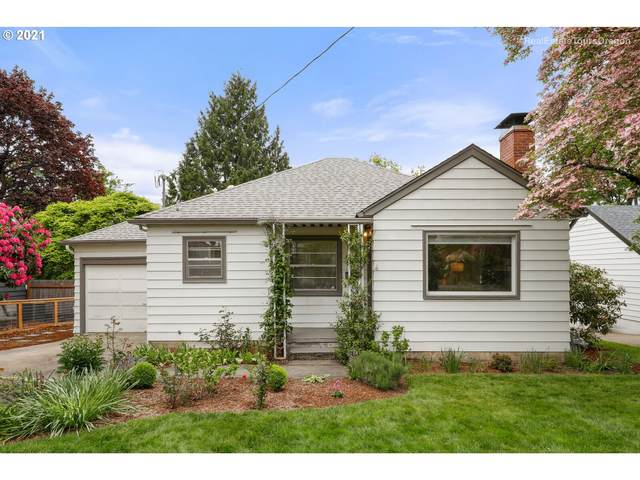 3221 SW Primrose St, Portland, OR 97219 (MLS #21583666) :: The Liu Group