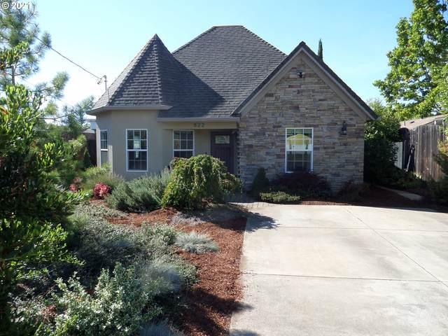 822 W Broccoli St, Roseburg, OR 97471 (MLS #21584857) :: Fox Real Estate Group